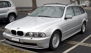 BMW E39 Touring front 20090204.jpg