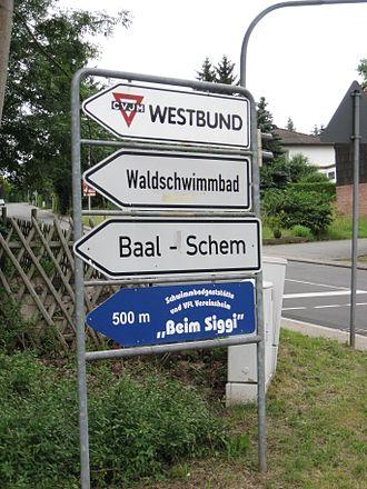 Baal Shem - Signpost for the grave of Sekl Loeb Wormser (1768-1847), Baal Shem of Michelstadt, Germany