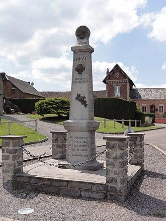 Barzy-en-Thiérache - Image: Barzy en Thiérache (Aisne, Fr) monument aux morts