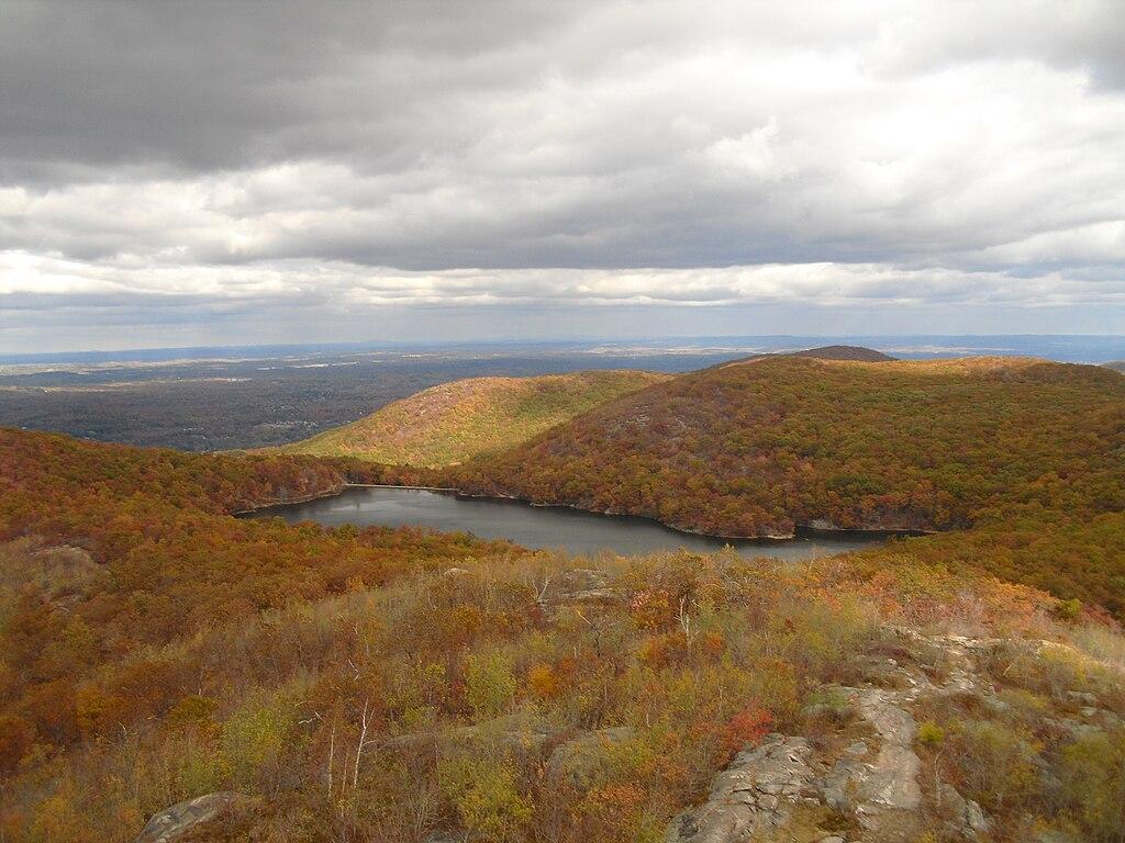 Beacon Reservoir from Mount Beacon south peak