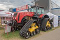 Belarus MTZ-3525 tractor (01).jpg