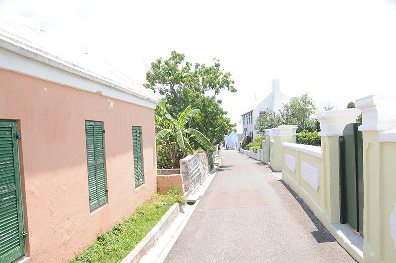 File:Bermuda - street in St George - panoramio.jpg