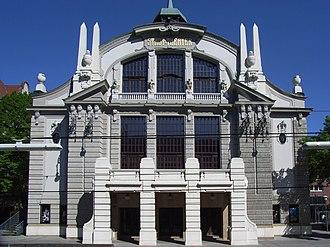 Bielefeld Opera - Stadttheater am Niederwall, main entrance