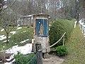 Bildstock aus einem Holzstamm - panoramio.jpg