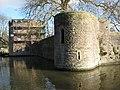 Bishop's Palace, Wells - geograph.org.uk - 1671722.jpg