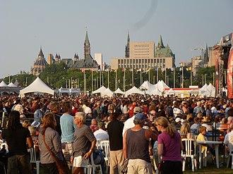 Ottawa Bluesfest - Bluesfest crowds during the 2011 festival