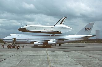 RAF Fairford - The Shuttle Carrier carrying the Enterprise on its way to the Paris Air Show in 1983