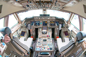 Boeing 747-8 - Boeing 747-8 flight deck