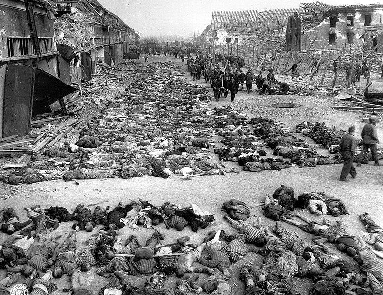 Datei:Boelcke-Kaserne-Tote HäftlingeA.jpg