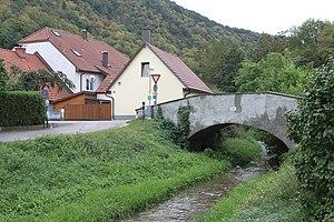 Brücke Fladnitzbach Kirchengasse 02.jpg