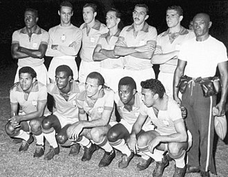 Pelé - Pelé (crouched, second from right to left) and the Brazil national team at 1959 Copa America