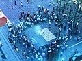 Breakdance-Gruppe Tru Cru am Schlossplatz Stuttgart.jpg