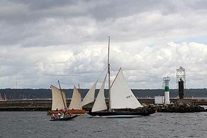 Brest 2012 PenDuick-Marie-Claudine.JPG