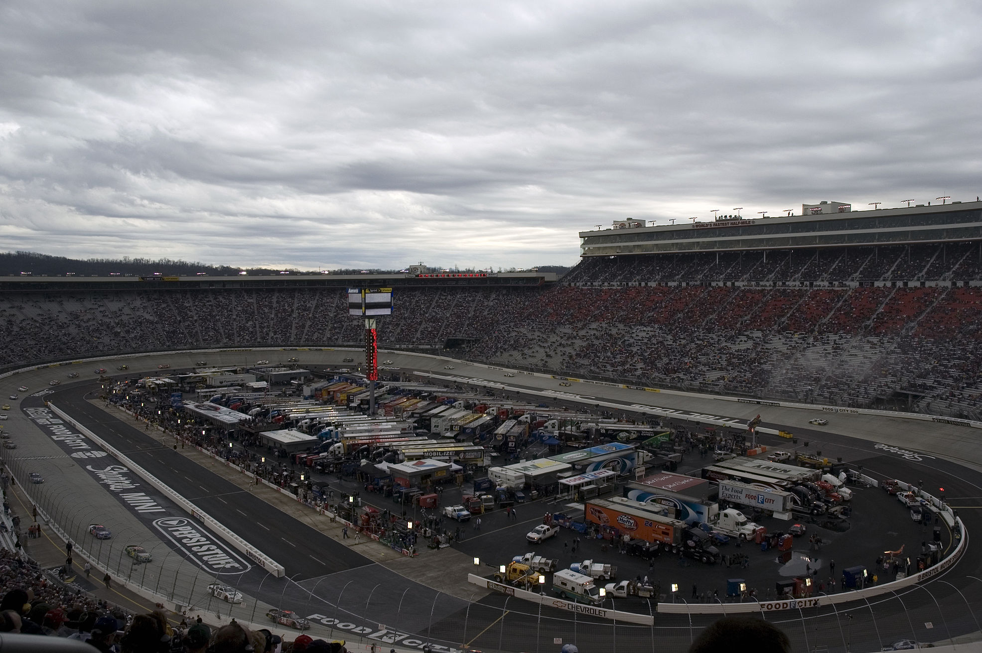 Bristol Motor Speedway The Race Track Where The Race Was