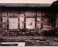 Brogi, Giacomo (1822-1881) - n. 5075 - Pompei - Parete del Tempio d'Augusto, detto anche Panteon.jpg