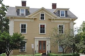 Robert S. Davis House - Image: Brookline MA Robert S Davis House