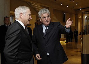Des Browne - Browne meeting Robert Gates in Edinburgh during December 2007