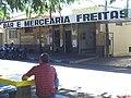 Bueno de Andrada é Distrito de Araraquara, no meio do caminho entre Araraquara e Matão, o acesso é por uma estrada vicinal asfaltada, paralela a rodovia SP-310 (Rod Washington Luiz). Bar e Mercearia - panoramio.jpg