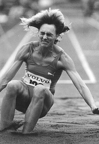 Heike Drechsler - Drechsler at long jump