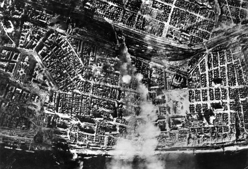 Bundesarchiv Bild 183-B22081, Russland, Kampf um Stalingrad, Luftangriff