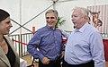 Bundeskanzler Werner Faymann besucht das Donauinselfest (5869107547).jpg
