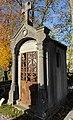 Cambrai - Cimetière de la Porte Notre-Dame, sépulture remarquable n° 06, famille Germe-Courtecuisse, tombe remarquable (01).JPG