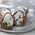 Cannoli siciliani on a plate.jpg