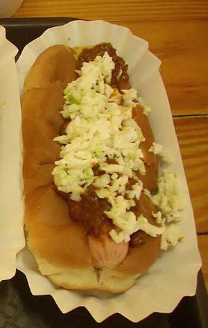 Carolina style - Image: Carolina style hot dog