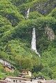 Cascata della tuera (Govine di Pisogne) - panoramio.jpg