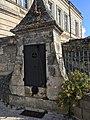Châteauneuf-sur-Charente (16) - Puits école Sainte-Marthe.jpg