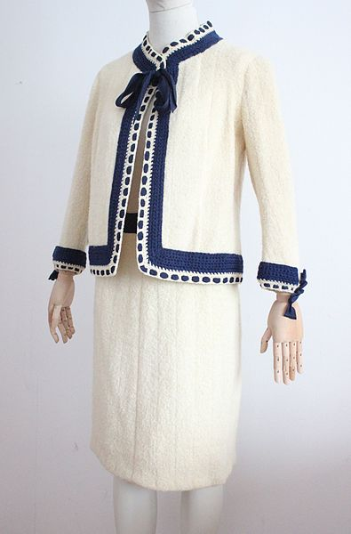 Haute Couture Wikipedia Of File Chanel Haute Couture Suit Wikimedia Commons