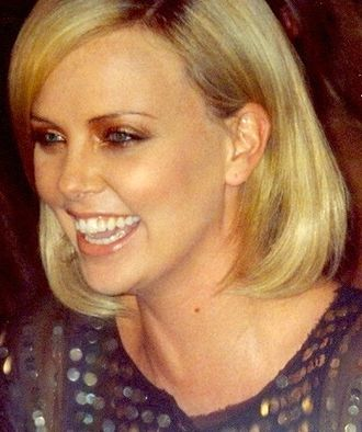 Charlize Theron - Theron at the premiere of North Country at the 2005 Toronto International Film Festival