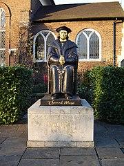 Chelsea thomas more statue 1