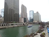 Chicago and Chicago river.jpg