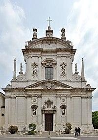 Chiesa di San Faustino a Brescia facciata.jpg