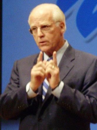 Chris Shays - Shays at a debate at Fairfield University