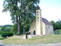Church in Mánfa.jpg