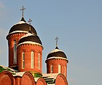 Church of Holy Trinity in Korolyov (large building, onion domes).jpg
