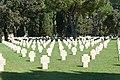 Cimitero militare Terdesco Pomezia 2011 by-RaBoe-084.jpg