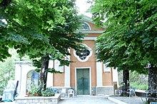L'oratorio presso la frazione di Comuneglia