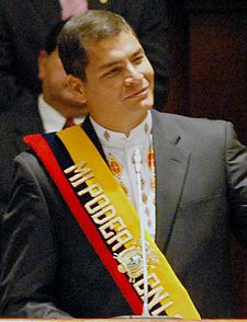 Principales Gobiernos Americanos 225px-Correarafael15012007-3