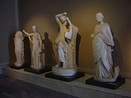 DSC04514b Istanbul - Museo archeol. - Apollo citaredo e le Muse, sec. II dC - da Mileto - Foto G. Dall'Orto 28-5-2006