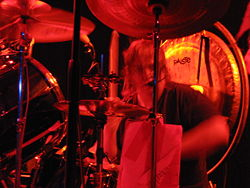 Crover performing with Melvins at Toad's Place in October 2006