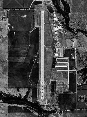 Denton Enterprise Airport - USGS aerial image, January 1996