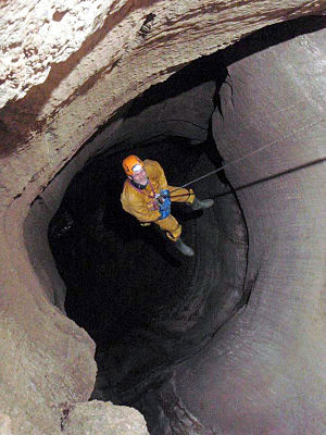 Three Counties System - Image: Descending a shaft in Notts Pot