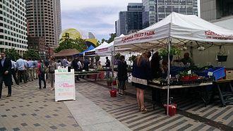 Rose Fitzgerald Kennedy Greenway - Farmers market in Dewey Square