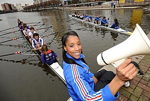 Diane Modahl launches 2009 Two Cities Boat Race.jpg