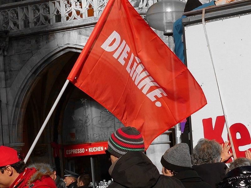 File:Die Linke Flagge Fahne (12269637584).jpg