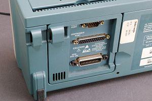 IEEE-488 - Image: Digitaloszilloskop Schnittstellen IMGP1974 WP