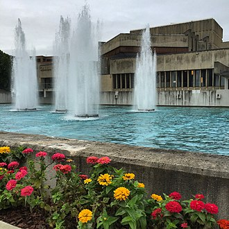 Ithaca College - Dillingham Center and fountains